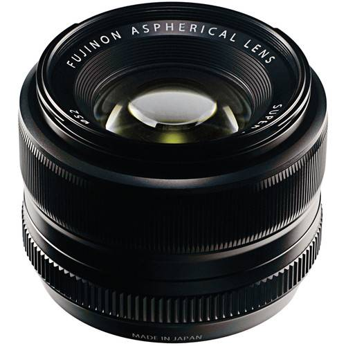 FUJINON – XF 35 MM F1.4 R LENS IN BLACK