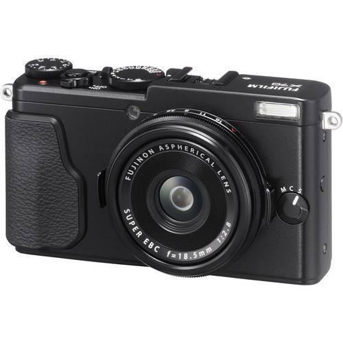 Fujifilm X70 Digital Camera (Black)